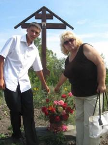 возложение к месту взорванной церкви с. Короськово